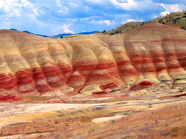 The John Day Fossil Beds: Oregon's Amazing Painted Hills